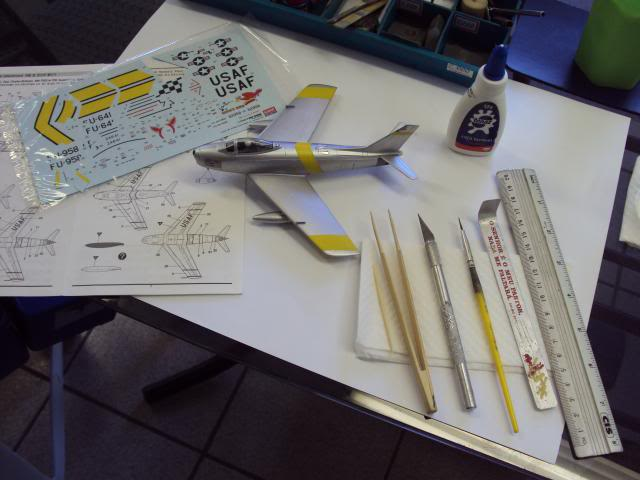 F-86F Sabre - Academy nº 1629 1/72  - FINALIZADO ! DSC05436_zps7ab70505