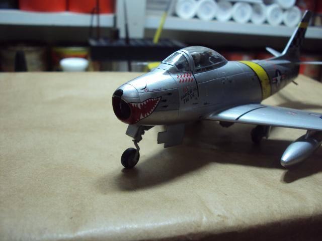 F-86F Sabre - Academy nº 1629 1/72  - FINALIZADO ! DSC05498_zpsb9e7d3d9