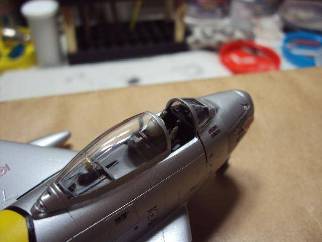 F-86F Sabre - Academy nº 1629 1/72  - FINALIZADO ! DSC05503_zpsce80b02b