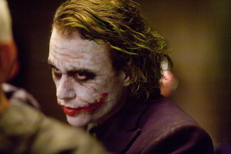 Joker [The Dark Knight] 33vky2s