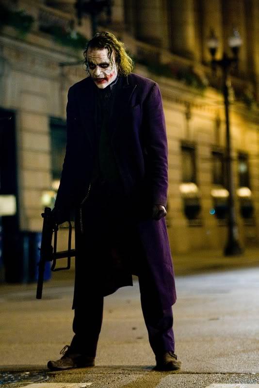 Joker [The Dark Knight] Tdk-aug3-joker-high-res-1