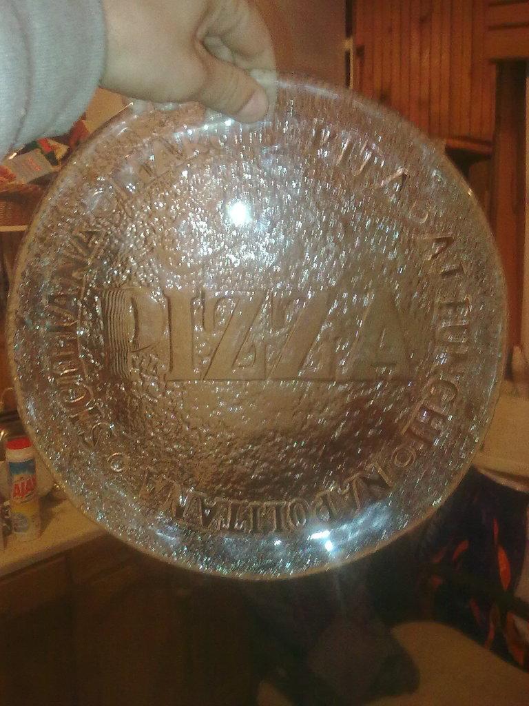 Pizza plate/tray Image2380_zpsfcp1gbbg