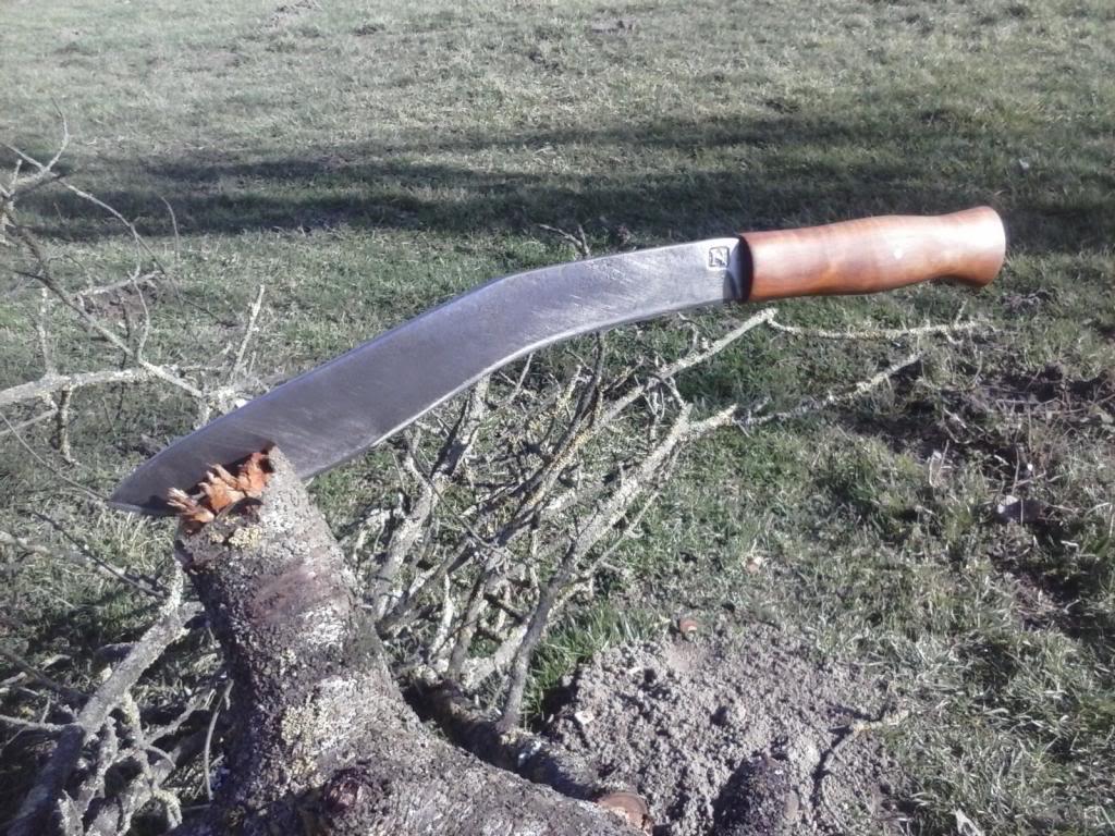moji noževi CAM00173_zpsb835aaae