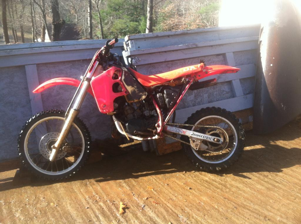 "kawa""s 1993 honda cr80r restore and build  41BFF913-7308-498D-B149-1CCC1EF8A4F0_zpsaeajzz0m"