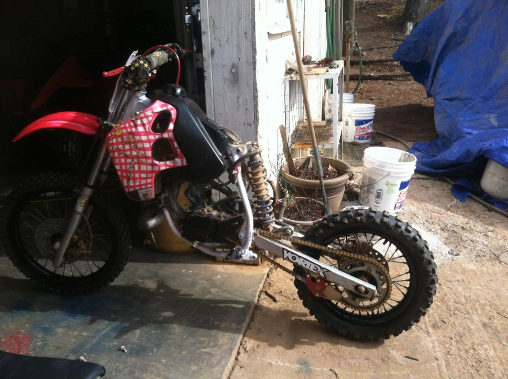 "kawa""s 1993 honda cr80r restore and build  91F25CEF-AA23-44BA-9C0B-3FC9B2CD56E9_zpsnjjghv9y"