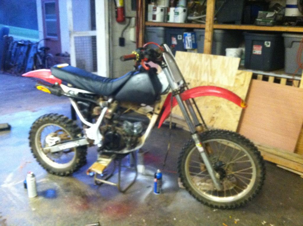 "kawa""s 1993 honda cr80r restore and build  A103CF5F-860A-4C61-8592-B3934691E1EC_zpsfkryf7lr"