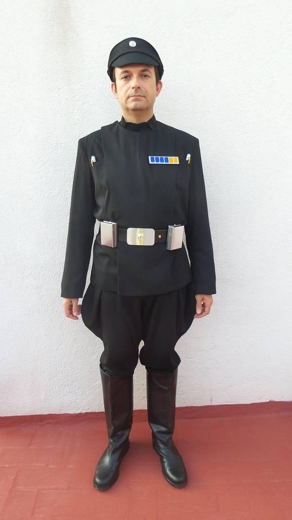Nuevo traje de Imperial Staff Officer (negro) Frente_completo_zpshsotudqi