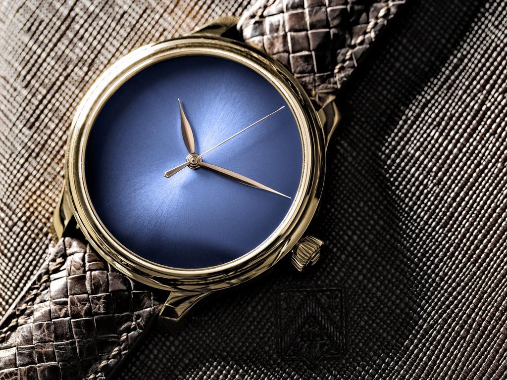 photo Endeavour_Centre_Seconds_Concept_Funky_Blue_1343-0108_Lifestyle1_RGB_zps19c7b56j.jpg