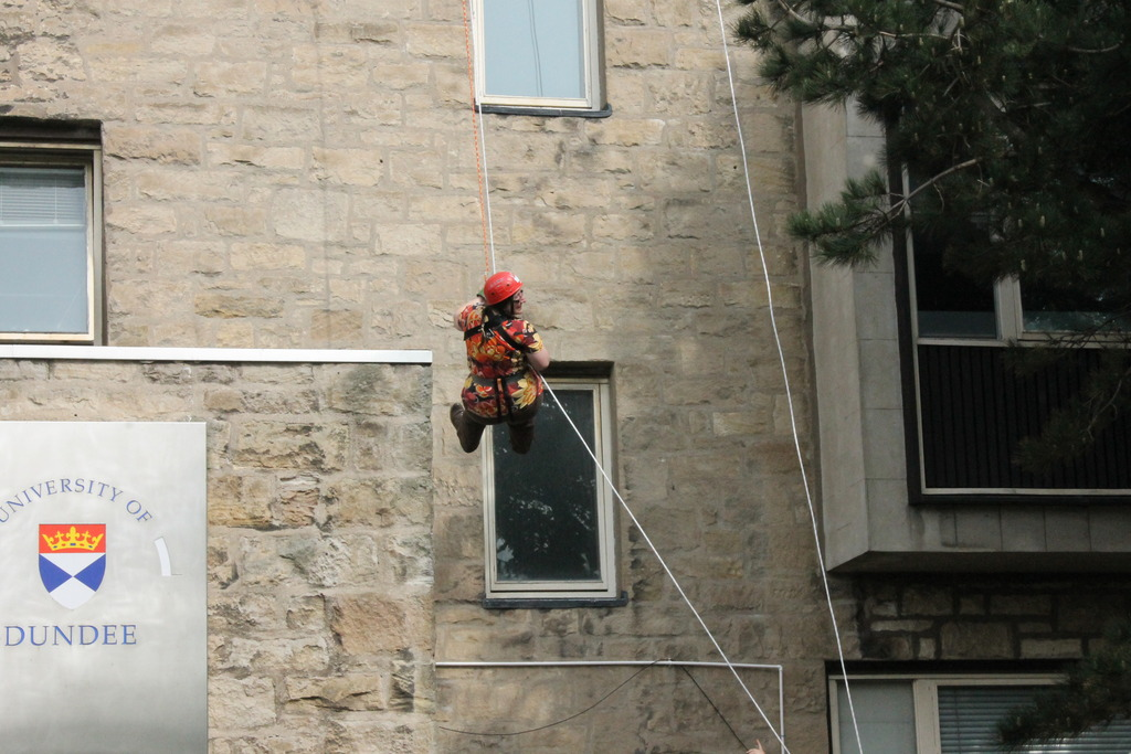 Abseiling for charity 013_zpsbyqq08j4