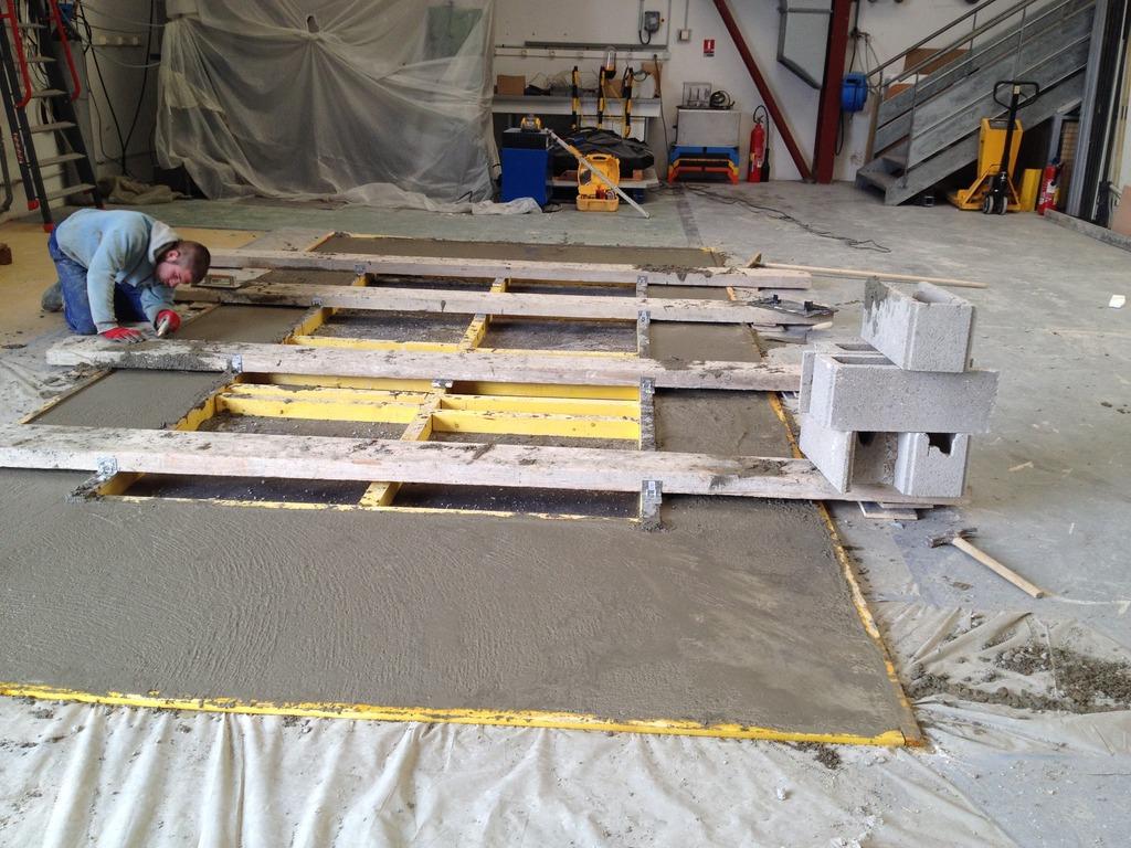 Implantation d'une machine de vibrations horizontales et verticales SEREME à l'ESIReims IMG_6753_zpsx6hdmuhe