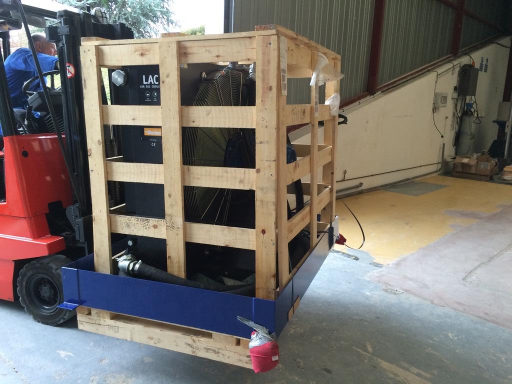 Installation de la machine de vibrations horizontales et verticales SEREME à l'ESIReims IMG_7319_zpsabwxdzr1
