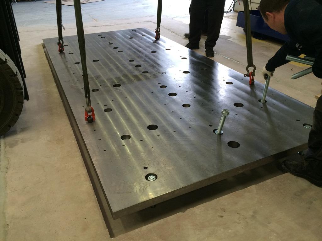 Installation de la machine de vibrations horizontales et verticales SEREME à l'ESIReims IMG_7402_zpsb9vwm85a