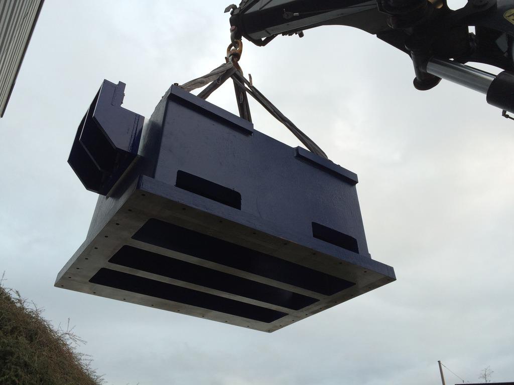 Installation de la machine de vibrations horizontales et verticales SEREME à l'ESIReims IMG_7439_zpsw4qgdfhp