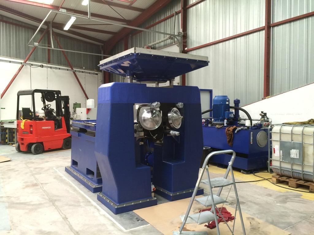 Installation de la machine de vibrations horizontales et verticales SEREME à l'ESIReims IMG_7570_zpsyyuwwmee