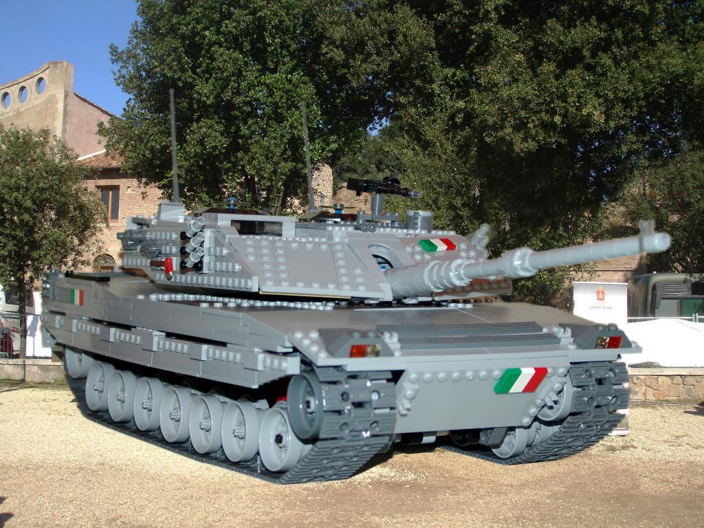 Tank lego Ariete_3aa_zps20b9ada4