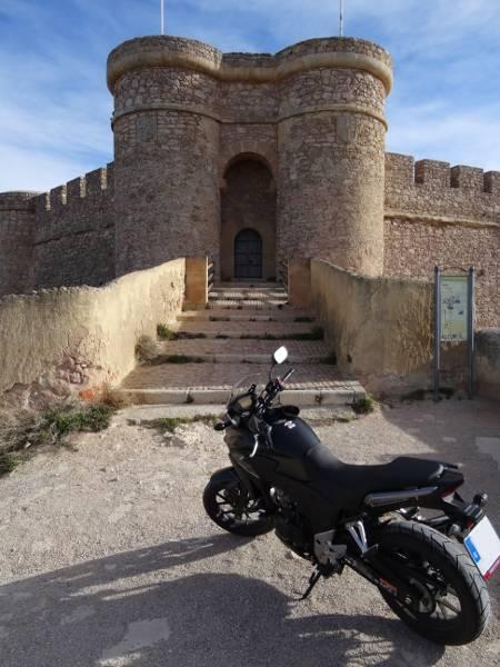 Castillos y motos - Página 5 Castillo%20Chinchilla1_zps66r1y8ku