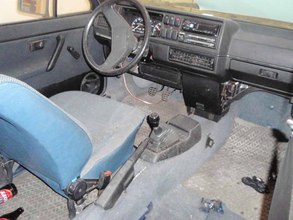 "kommandant: VW JETTA MK2  ""NAVY BLUE"" 1.6 VM:84 P1010120_zpscwso9mlx"