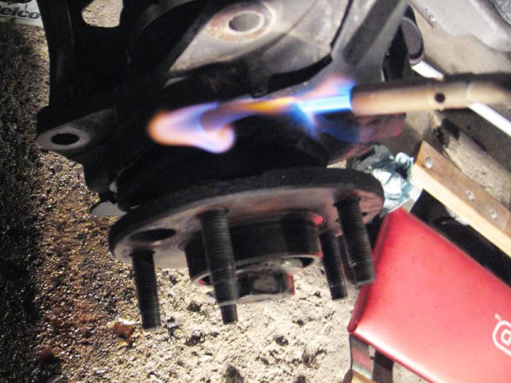 Write-Up: Spindle / Wheel Bearing / Hub Replacement HUBinstall6