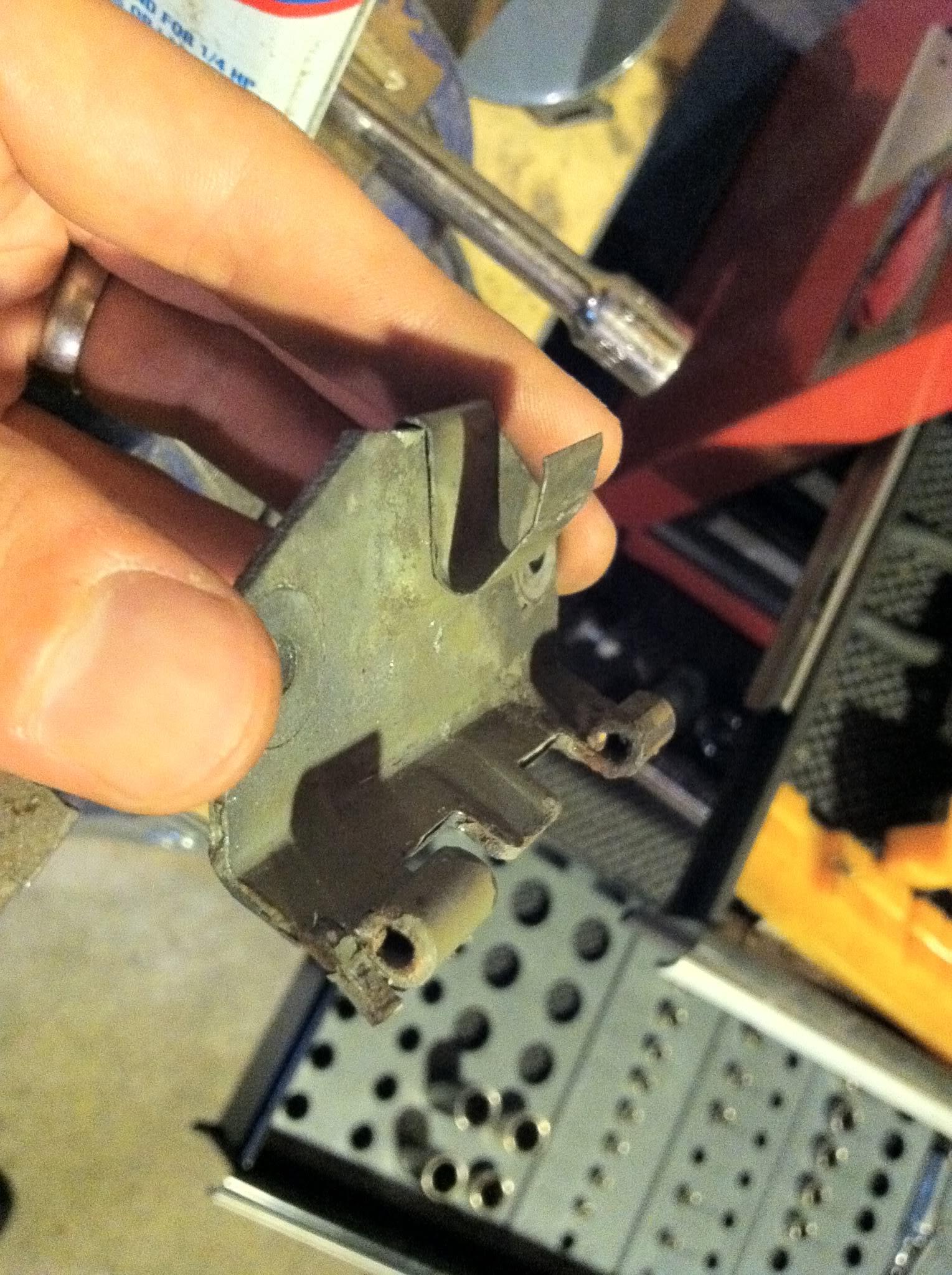 Write-Up: Fuel Door Hinge Pin Repair IMG_2107