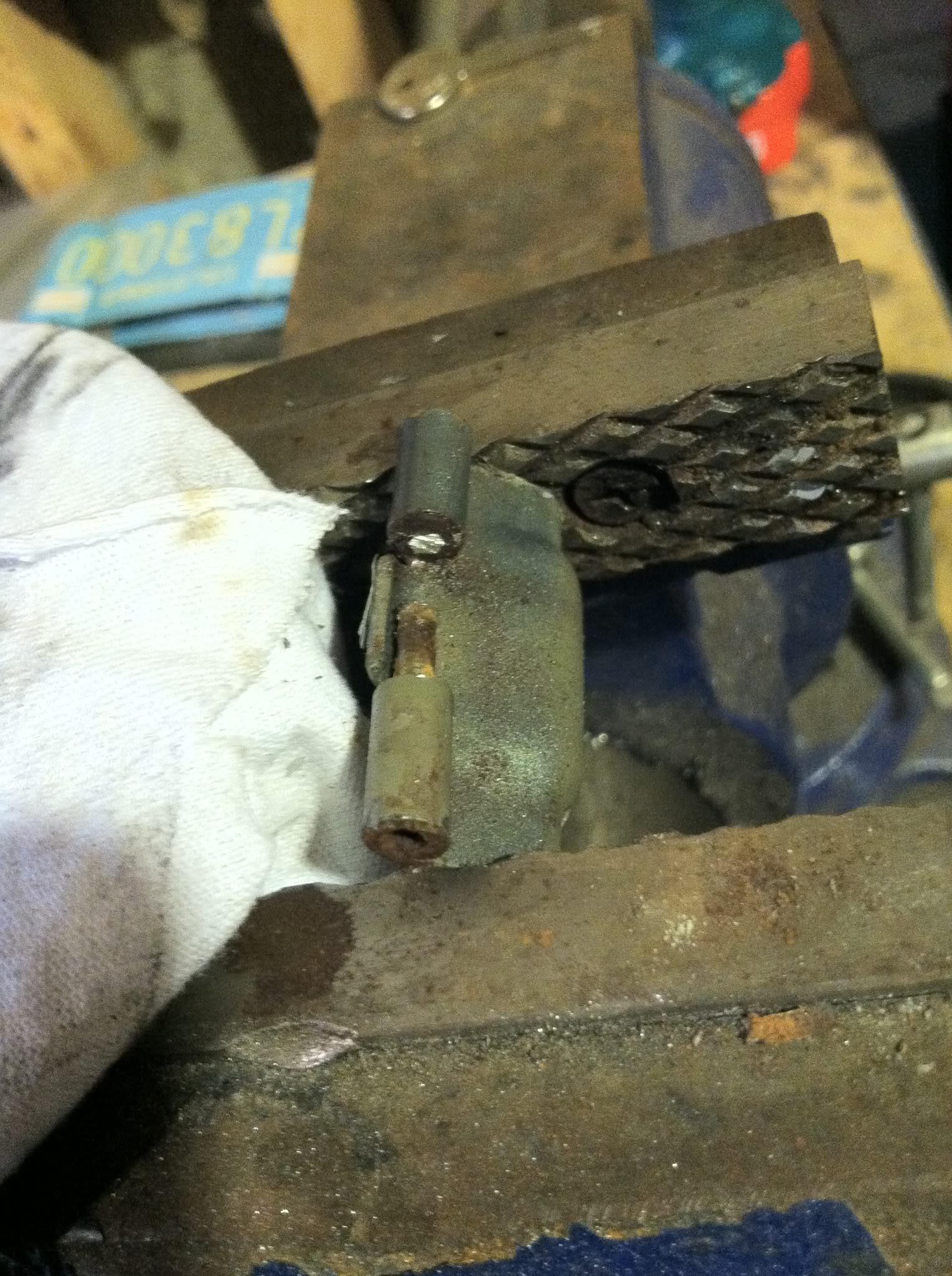 Write-Up: Fuel Door Hinge Pin Repair IMG_2119