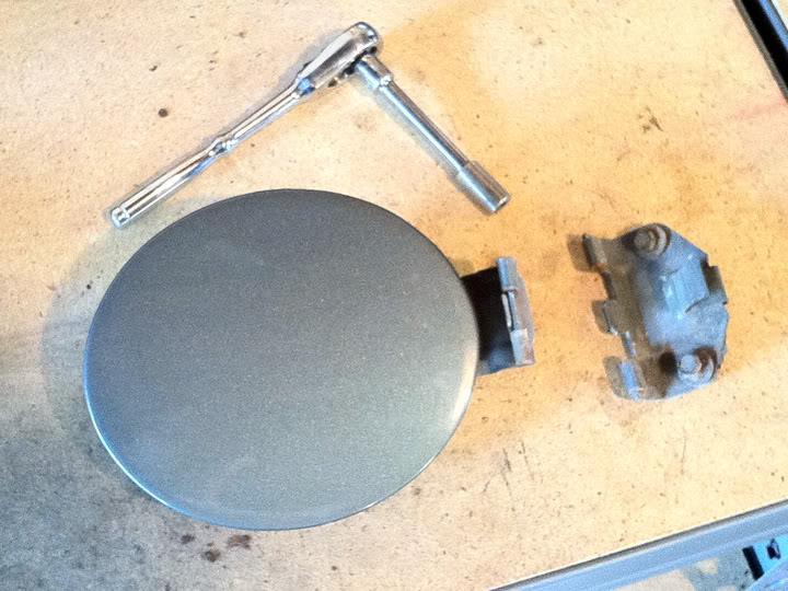 Write-Up: Fuel Door Hinge Pin Repair DoorOff