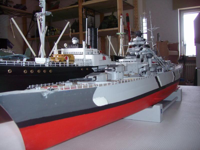 Schlachtschiff Bismarck - Revell 1:1200 IMG_5042