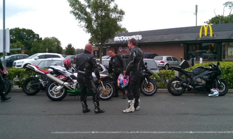 Ride out/BBq/piss up /: ) - Page 2 IMAG0099