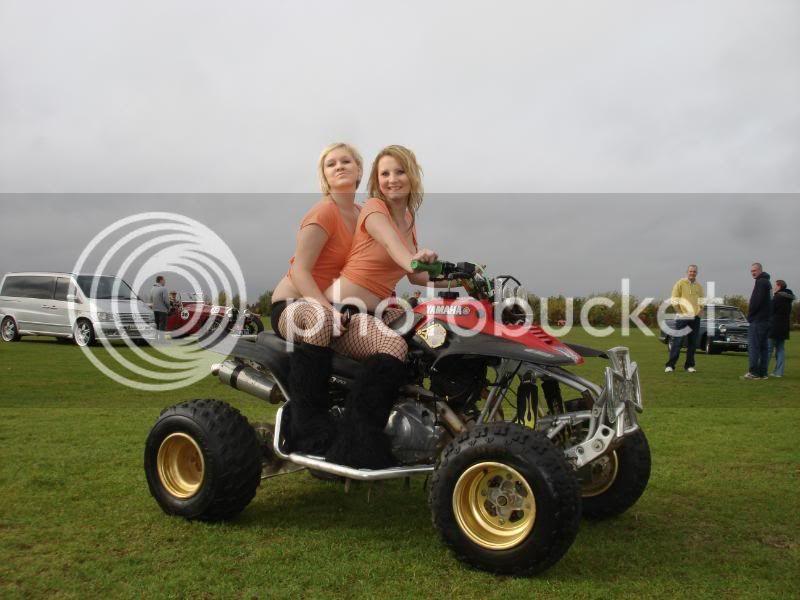 Children In Need Fun Show at Skylarks DSC07444