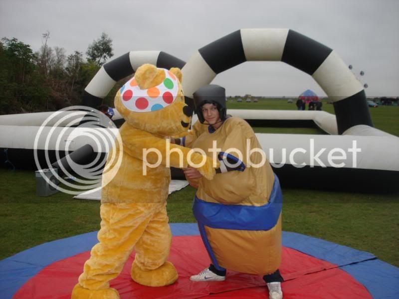 Children In Need Fun Show at Skylarks DSC07474