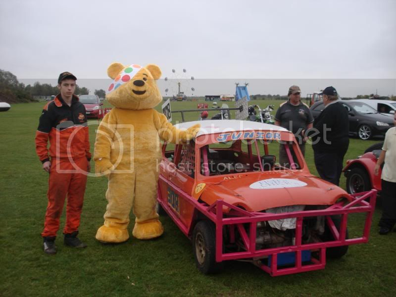 Children In Need Fun Show at Skylarks DSC07477