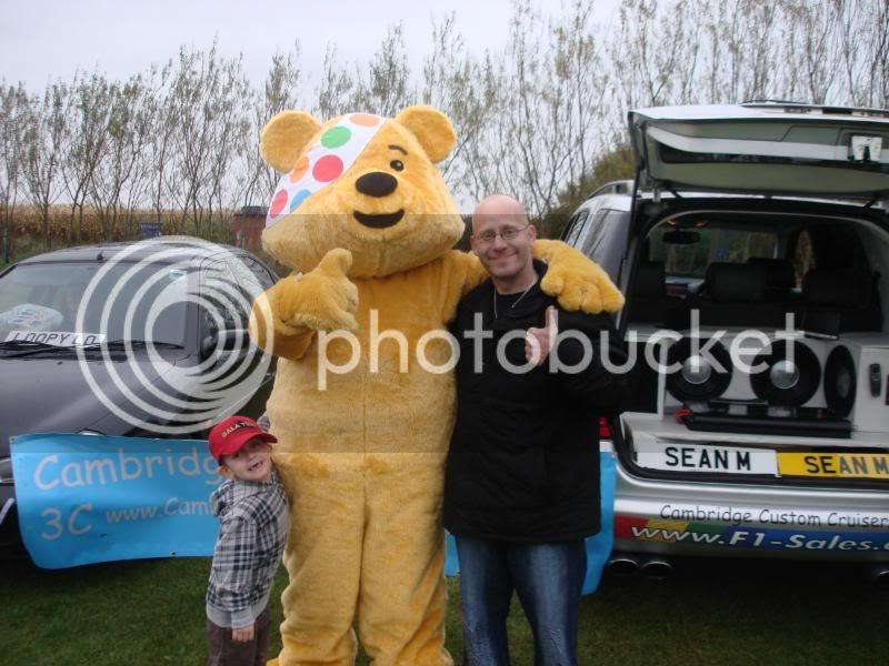 Children In Need Fun Show at Skylarks DSC07490