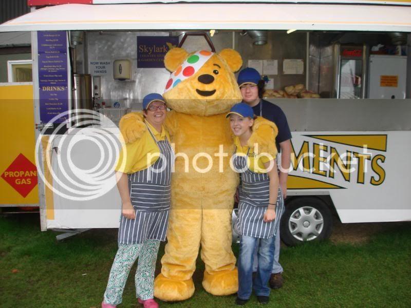 Children In Need Fun Show at Skylarks DSC07495