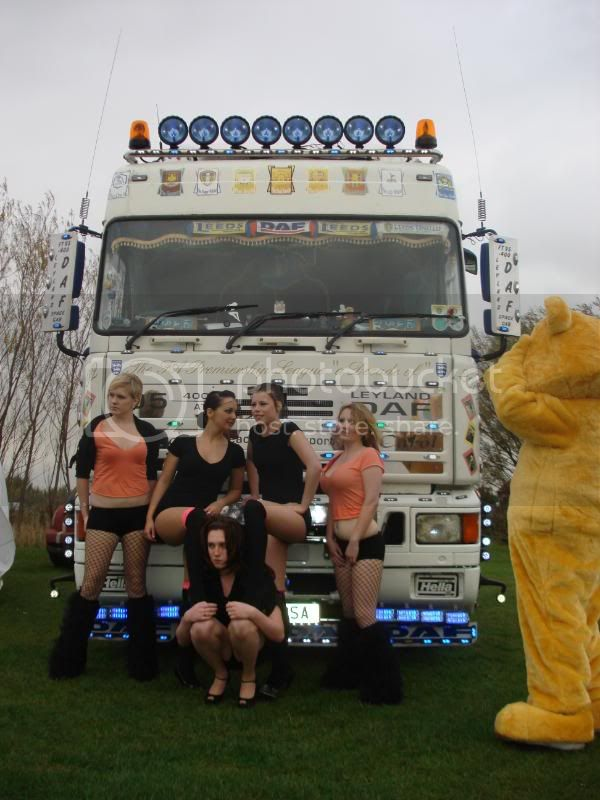 Children In Need Fun Show at Skylarks DSC07558