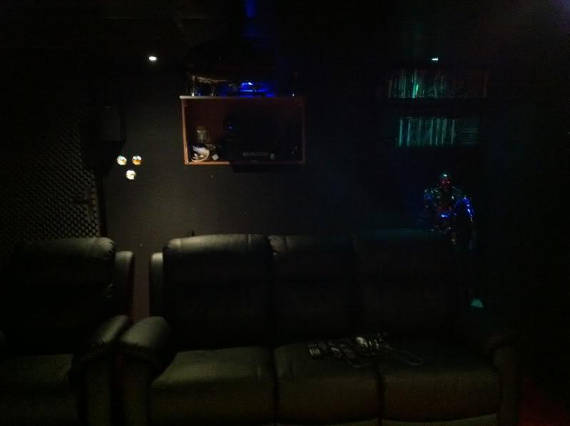 ma salle ciné maison !! IMG_0343