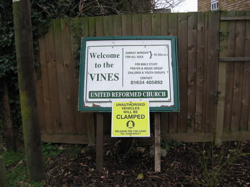 Viney Street Signs Vineschurch1