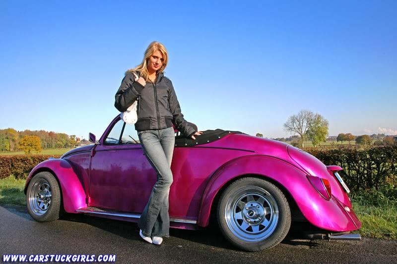 the new car stuck girl Speedster_stuck_001