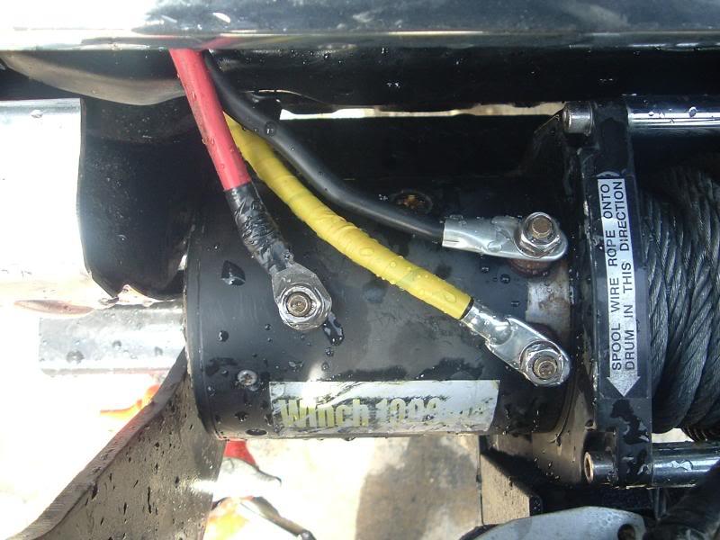 New winch on my Toyota 012
