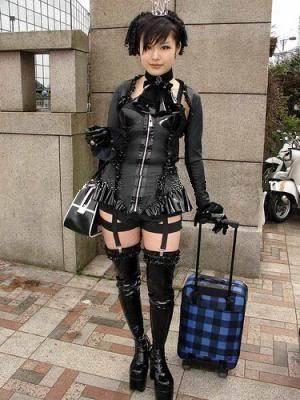 Lolita fashion Gothic_Lolita