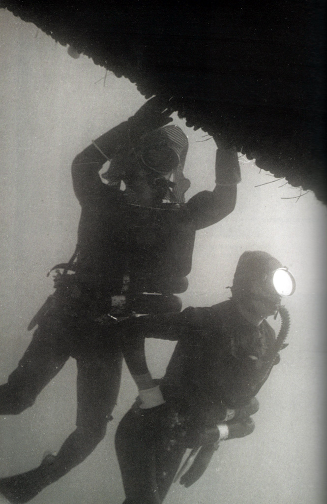 Photos historiques : Marine Nationale (Pirelli and Oxygers inside) Mpirellilourd_zpsab4de33e