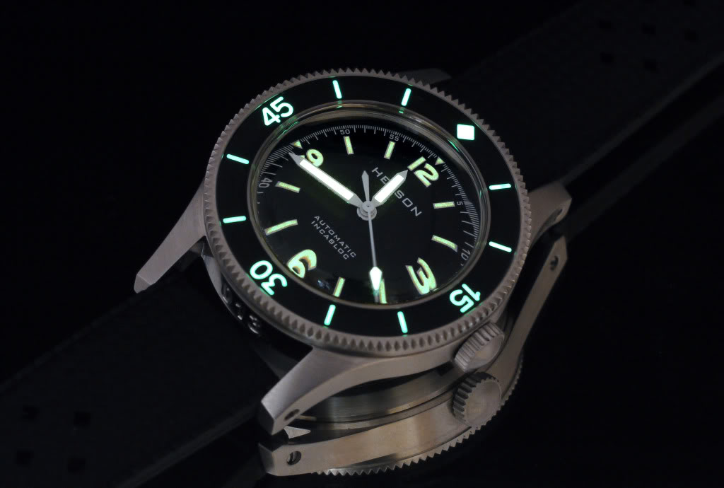 [revue] Helson Skindiver Helson015