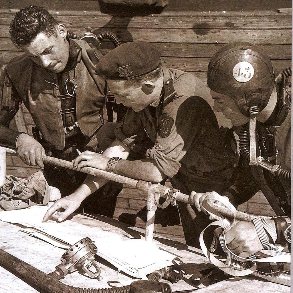 Plongeurs de combat de la marine nationale suite ... MNblancpain