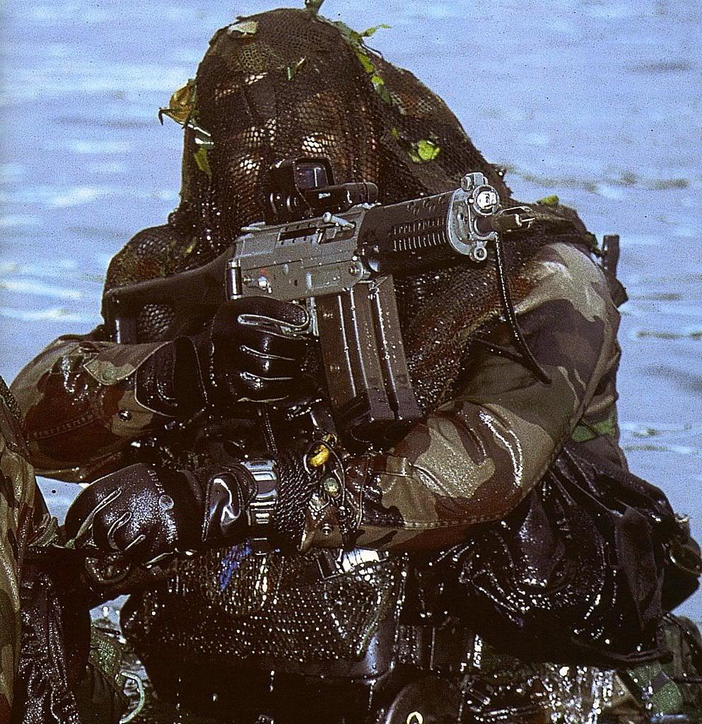 Plongeurs de combat de la marine nationale suite ... NMcasio2