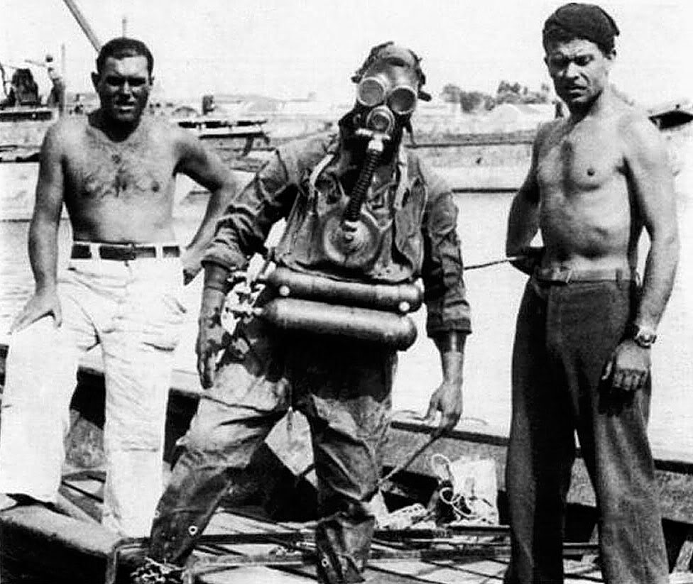 a l'origine : les ARO Italian-Navy-Frogmen-Rebreather