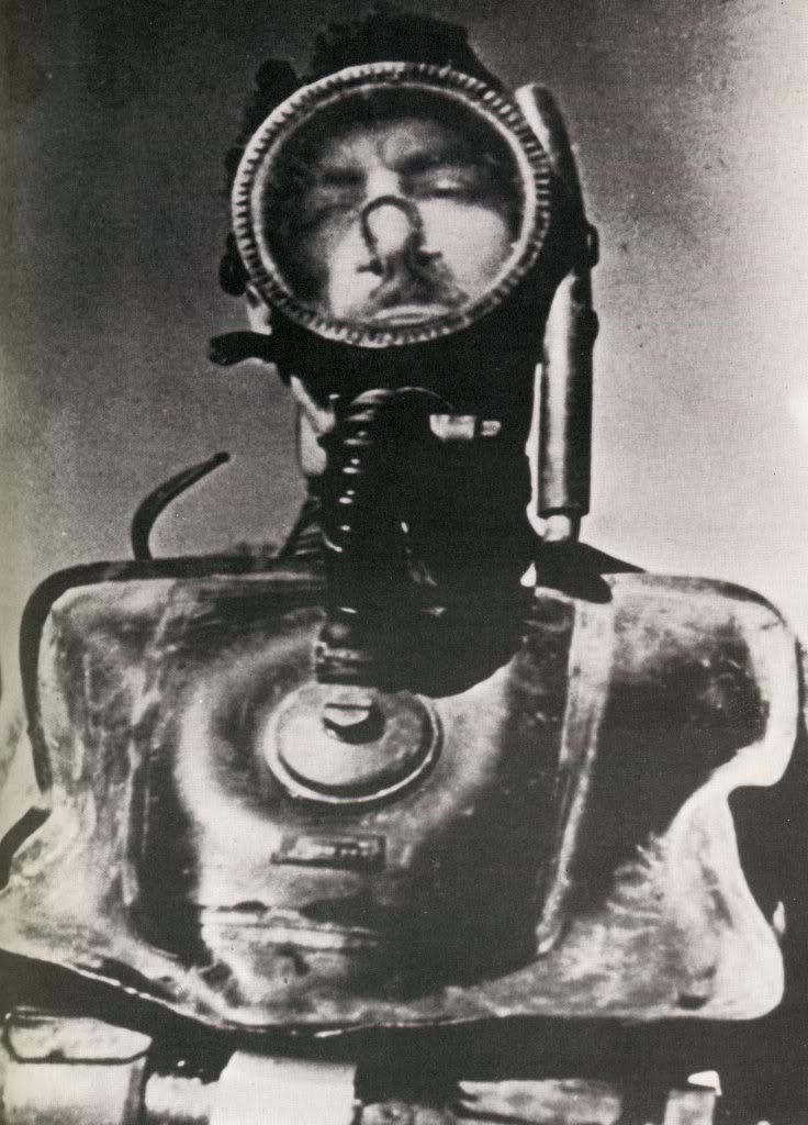 Plongeurs de combat de la marine nationale suite ... - Page 2 Maloubier