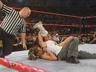 BACKSTAGE BRAWLS MATCH-------JAQUELINE VS LITA 300026