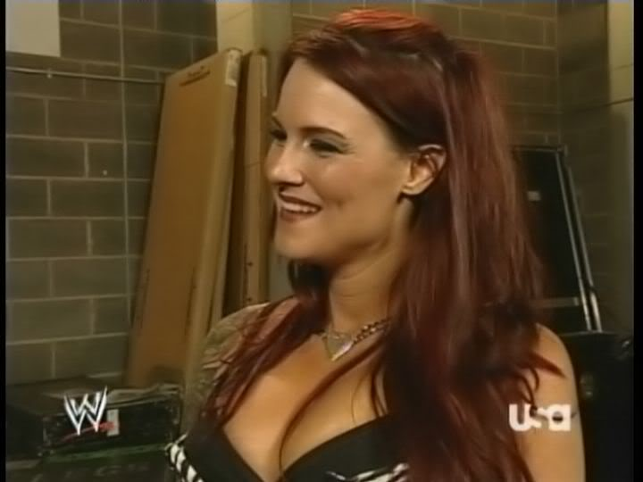 BACKSTAGE BRAWLS MATCH-------JAQUELINE VS LITA Lita132