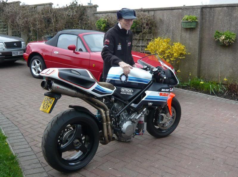 Steve Elliott bike  P1030394