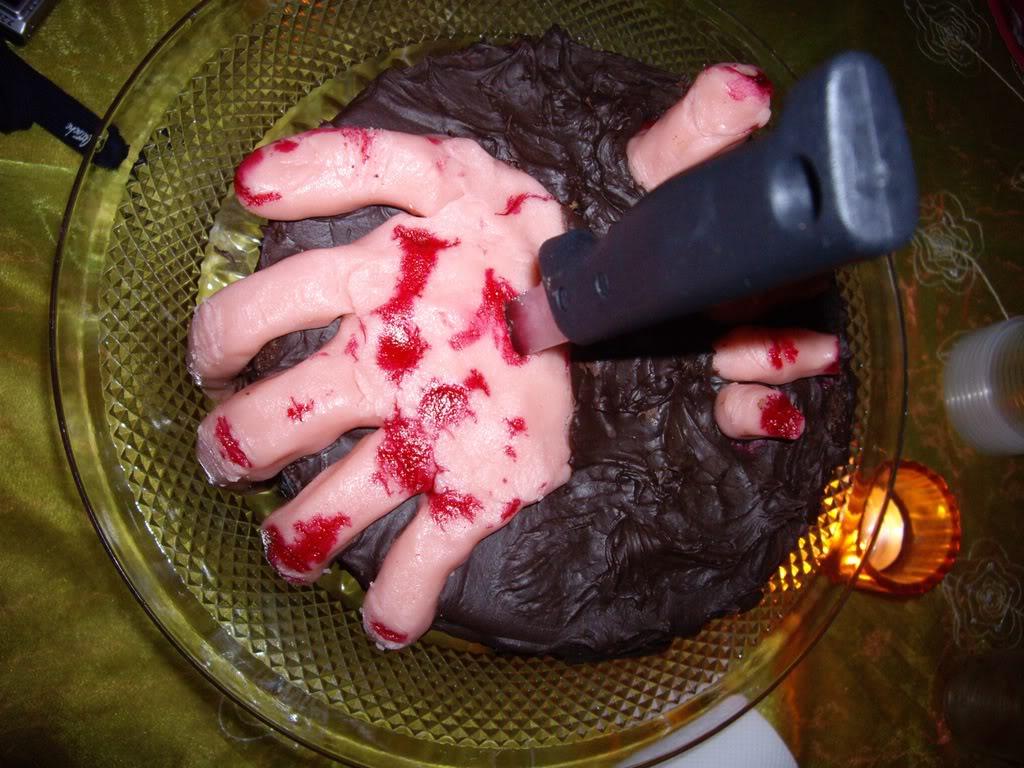 Mains de l'horreur et mains sanglantes IMGP1287