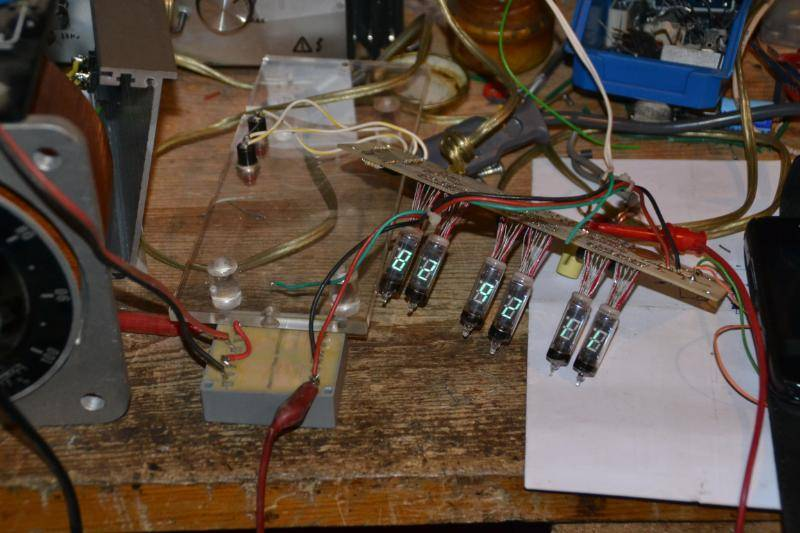 Reloj de tubos VFD DSC_5929