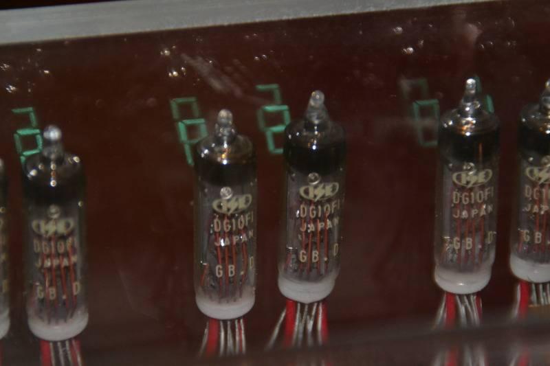 Reloj de tubos VFD DSC_6007